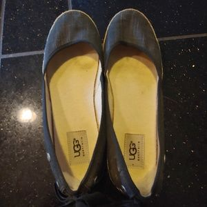 UGGS flats. Size 8.5 woman's